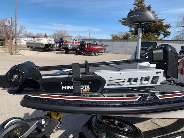 2021 Nitro boat for sale, model of the boat is Z18 & Image # 3 of 12