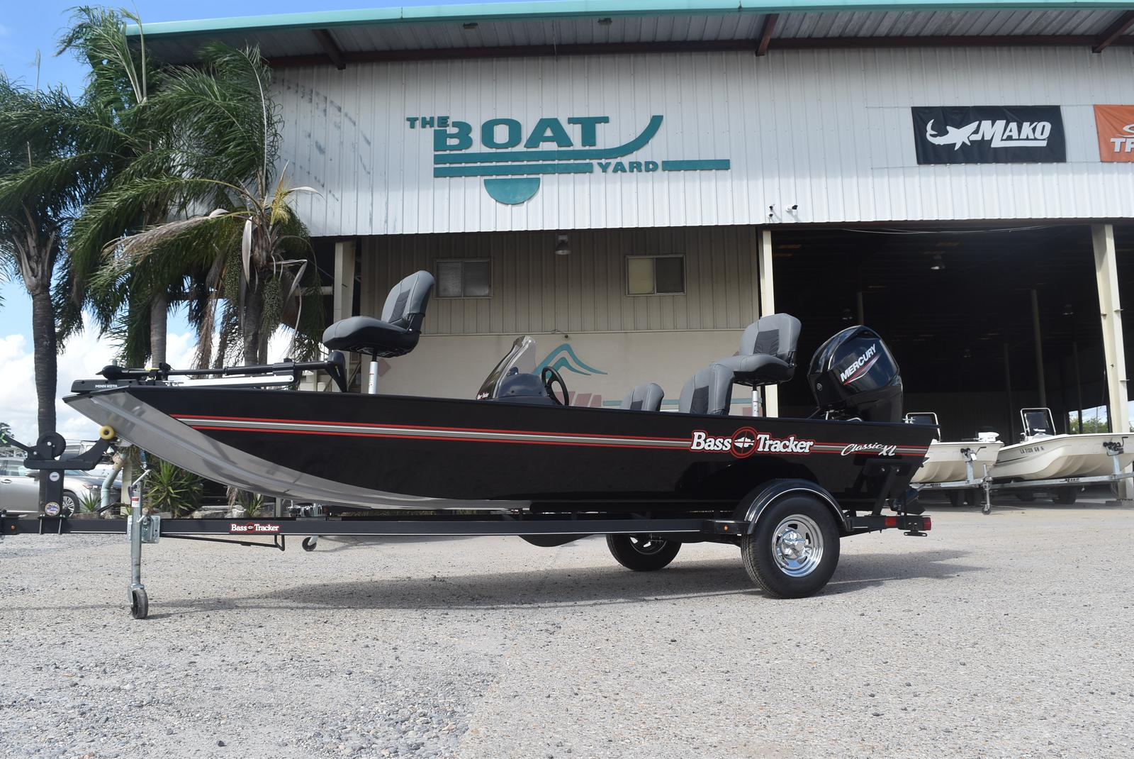 2021 Tracker Boats boat for sale, model of the boat is Tracker Classic XL, 50 ELPT & Image # 3 of 5