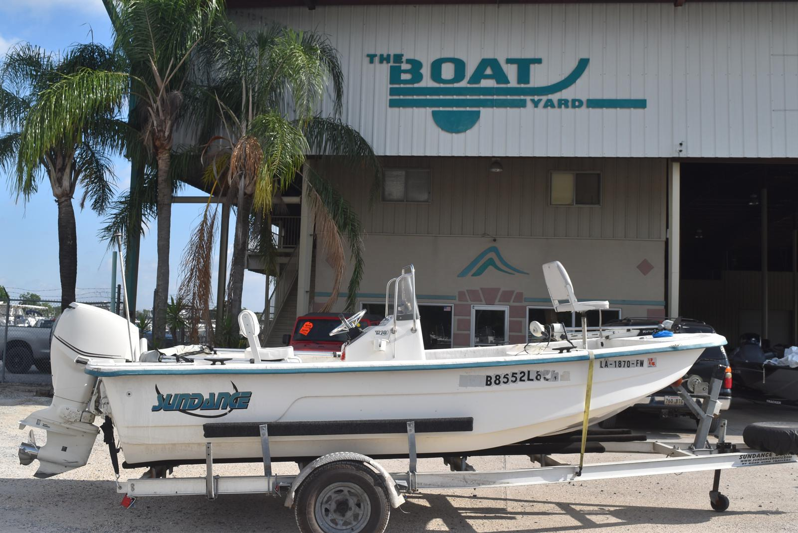 2009 Sundance boat for sale, model of the boat is 18 & Image # 1 of 6