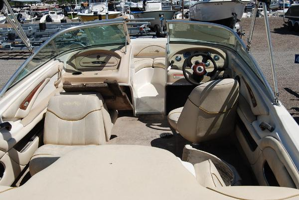 2001 Sea Ray boat for sale, model of the boat is SEARAY 185 & Image # 4 of 5