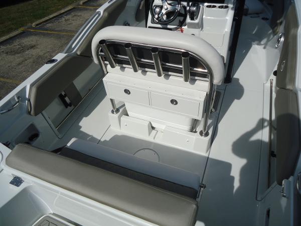 2021 Finseeker boat for sale, model of the boat is 206 & Image # 3 of 15