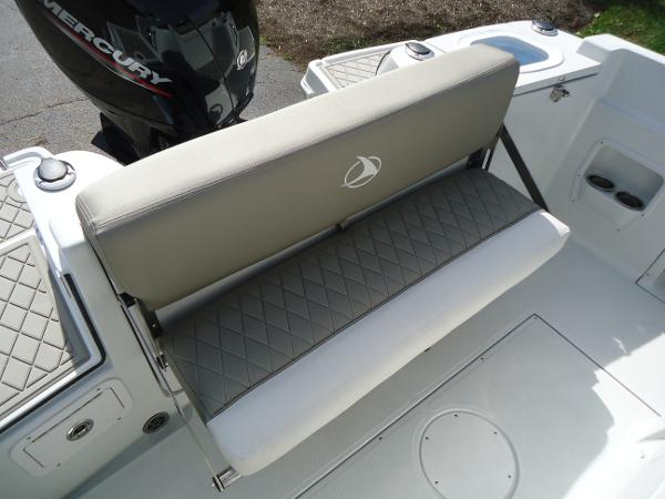 2021 Finseeker boat for sale, model of the boat is 206 & Image # 4 of 15