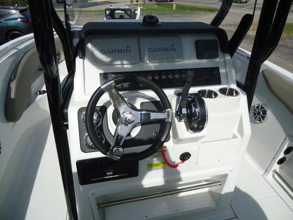 2021 Finseeker boat for sale, model of the boat is 206 & Image # 7 of 15