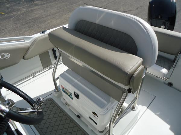 2021 Finseeker boat for sale, model of the boat is 206 & Image # 8 of 15