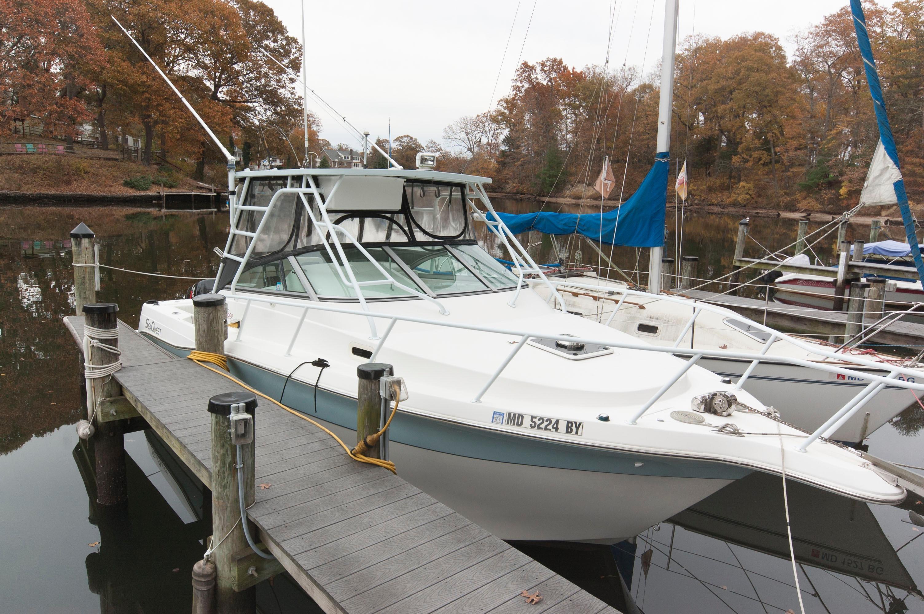 M 5802 TW Knot 10 Yacht Sales