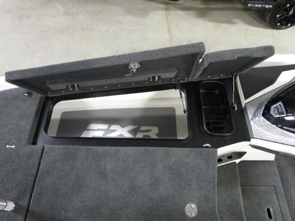 2021 Skeeter boat for sale, model of the boat is FXR20 Limited & Image # 16 of 67