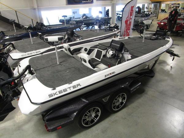 2021 Skeeter boat for sale, model of the boat is FXR20 Limited & Image # 20 of 67