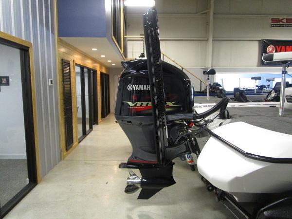 2021 Skeeter boat for sale, model of the boat is FXR20 Limited & Image # 53 of 67