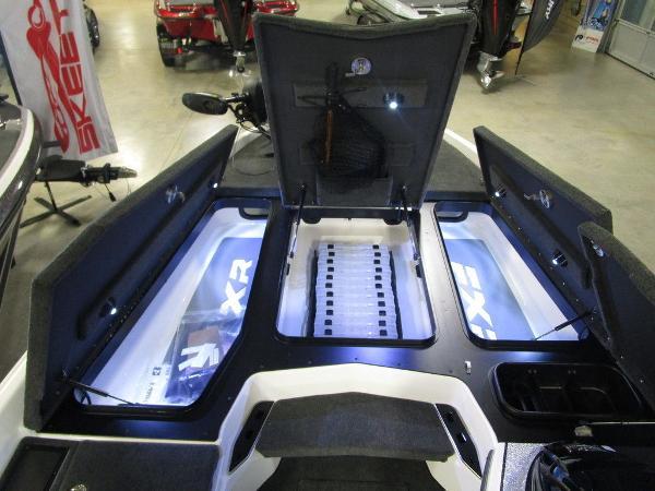 2021 Skeeter boat for sale, model of the boat is FXR20 Limited & Image # 55 of 67
