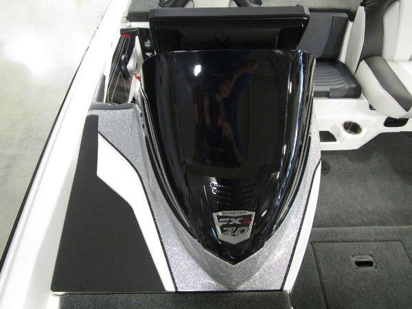 2021 Skeeter boat for sale, model of the boat is FXR20 Limited & Image # 60 of 67