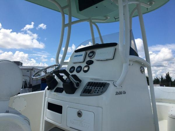 2014 Nautic Star boat for sale, model of the boat is 2500XS & Image # 3 of 11