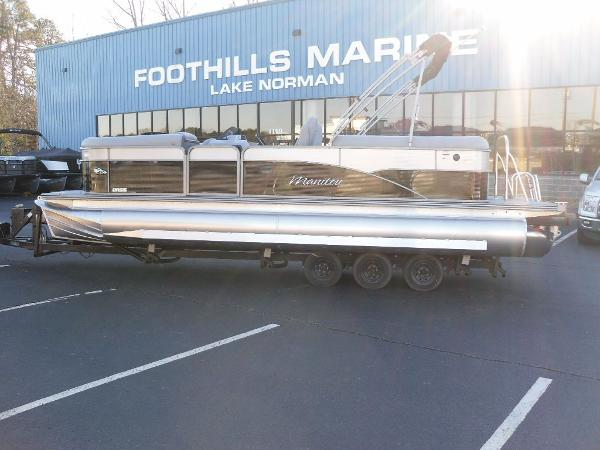 2021 Manitou boat for sale, model of the boat is RF 23 Oasis SHP 373 & Image # 1 of 44
