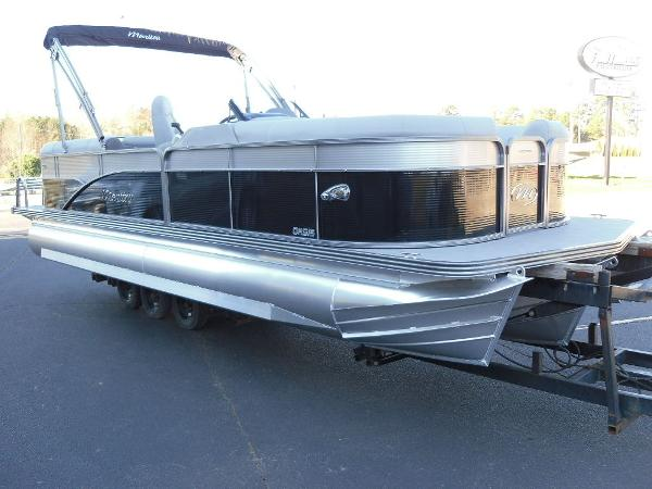 2021 Manitou boat for sale, model of the boat is RF 23 Oasis SHP 373 & Image # 2 of 44