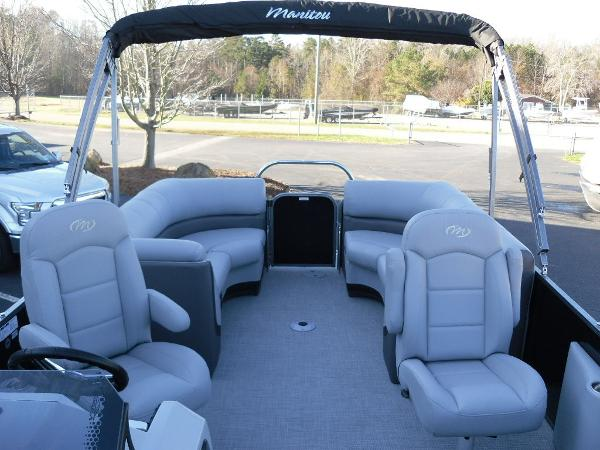 2021 Manitou boat for sale, model of the boat is RF 23 Oasis SHP 373 & Image # 42 of 44