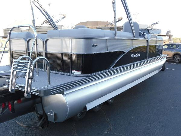 2021 Manitou boat for sale, model of the boat is RF 23 Oasis SHP 373 & Image # 43 of 44