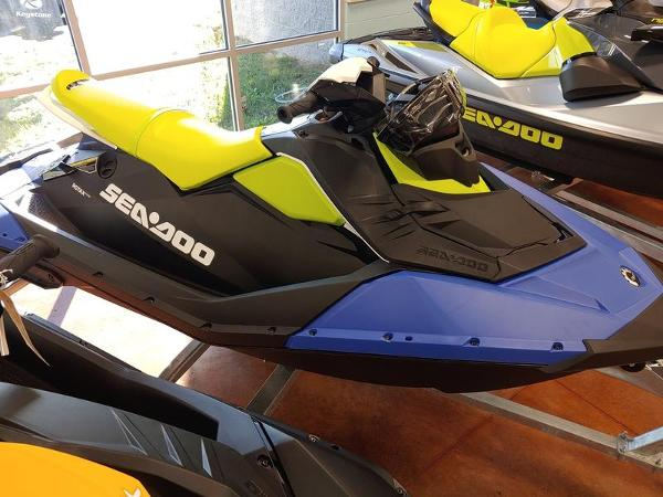 2021 Sea Doo PWC boat for sale, model of the boat is Spark® 3-up Rotax® 900 ACE™ & Image # 2 of 2