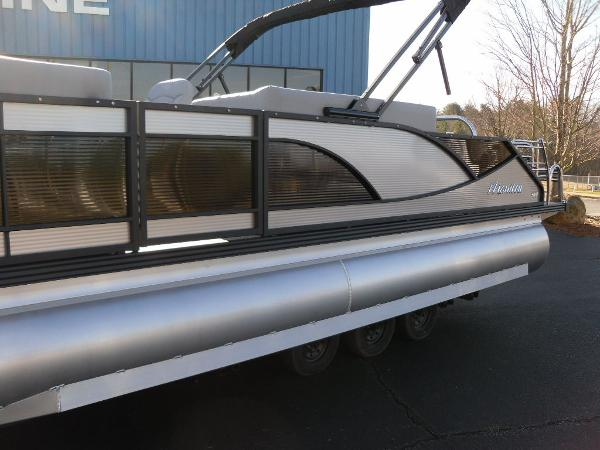 2021 Manitou boat for sale, model of the boat is Bench 23 SES SHP 575 & Image # 3 of 43