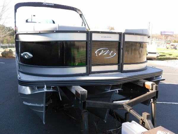 2021 Manitou boat for sale, model of the boat is Bench 23 SES SHP 575 & Image # 36 of 43