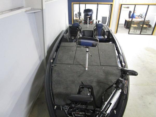 2021 Skeeter boat for sale, model of the boat is FXR21 Apex & Image # 5 of 64