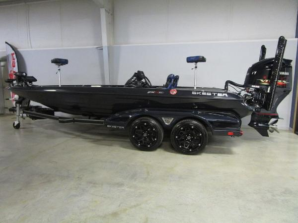 2021 Skeeter boat for sale, model of the boat is FXR21 Apex & Image # 1 of 64