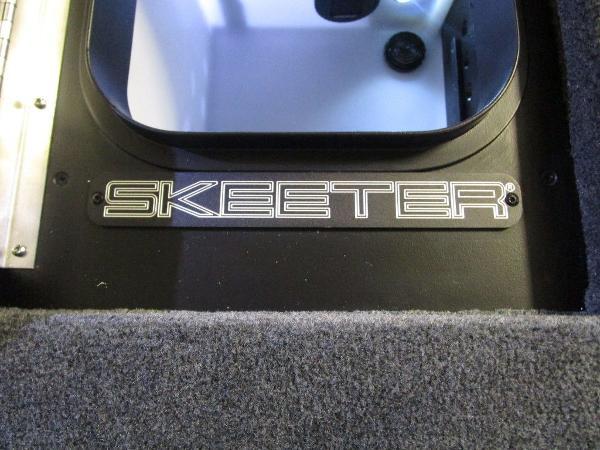 2021 Skeeter boat for sale, model of the boat is FXR21 Apex & Image # 30 of 64