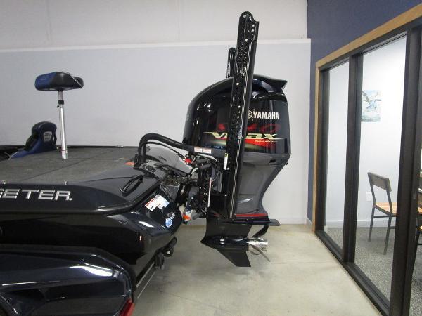2021 Skeeter boat for sale, model of the boat is FXR21 Apex & Image # 64 of 64