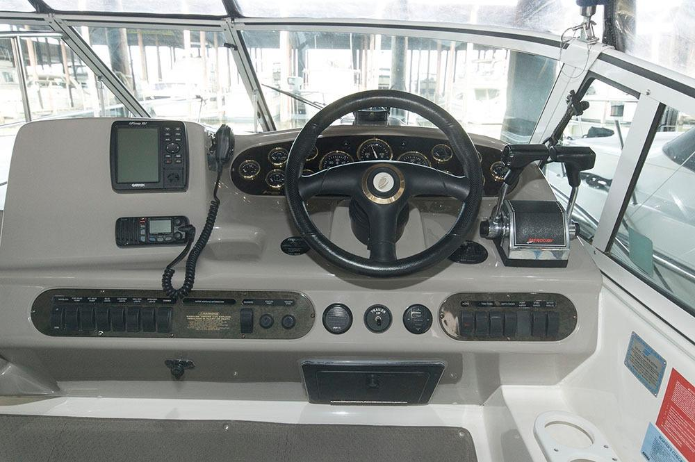 V 6261 SS Knot 10 Yacht Sales