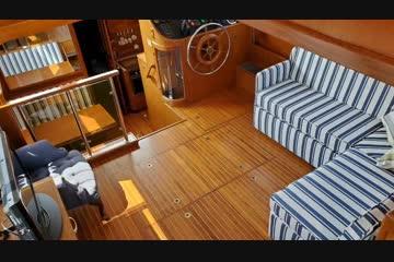 Kha Shing 45 Trawler video