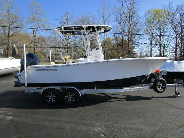 2021 SPORTSMAN BOATS HERITAGE 211 CC for sale