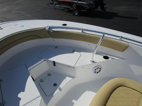 2021 Sportsman Boats boat for sale, model of the boat is Heritage 211 CC & Image # 11 of 26