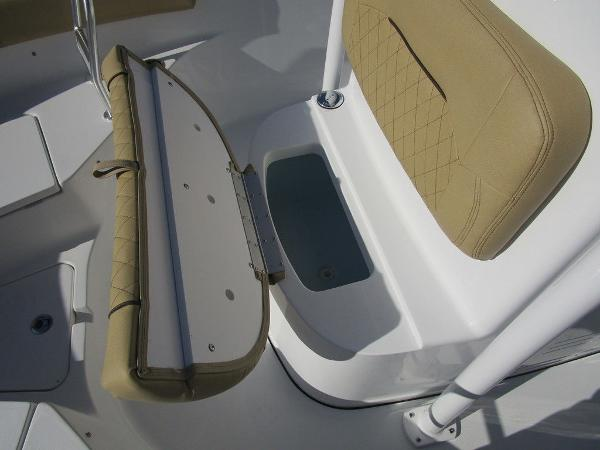 2021 Sportsman Boats boat for sale, model of the boat is Heritage 211 CC & Image # 14 of 26