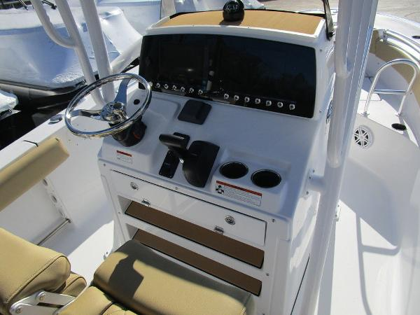 2021 Sportsman Boats boat for sale, model of the boat is Heritage 211 CC & Image # 17 of 26