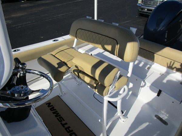 2021 Sportsman Boats boat for sale, model of the boat is Heritage 211 CC & Image # 22 of 26