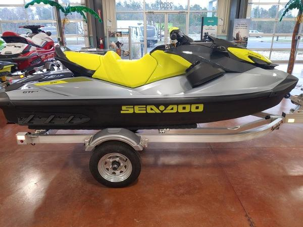 2021 Sea Doo PWC boat for sale, model of the boat is GTI™ SE 170 IBR & Sound System & Image # 1 of 1