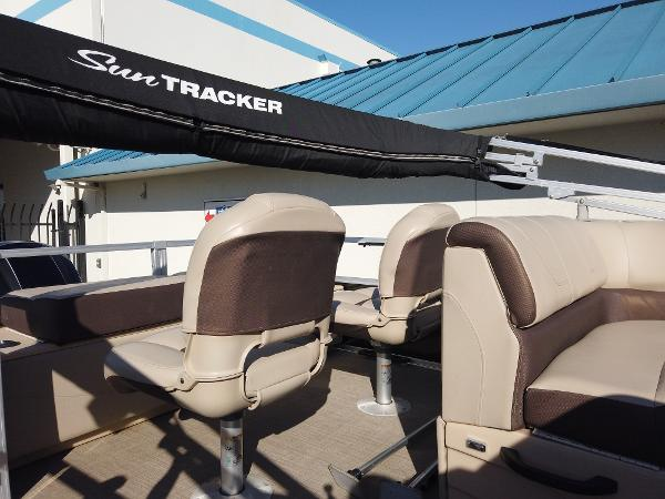 2018 Sun Tracker boat for sale, model of the boat is SportFish 22 XP3 & Image # 7 of 16