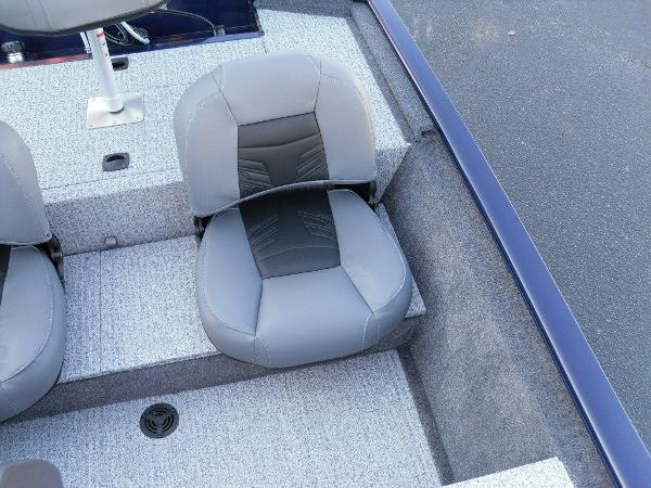 2021 Tracker Boats boat for sale, model of the boat is Pro 170 & Image # 6 of 30