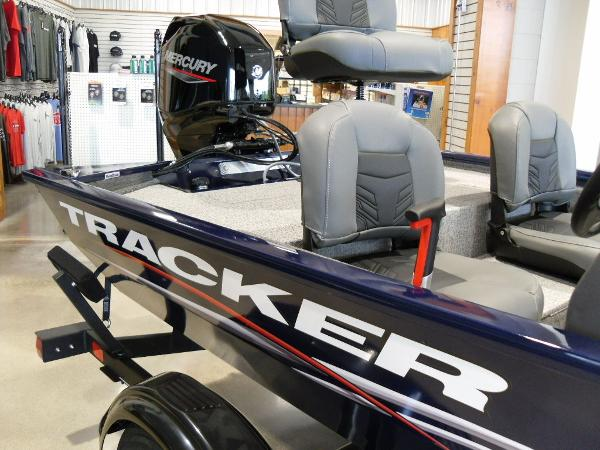 2021 Tracker Boats boat for sale, model of the boat is Pro 170 & Image # 11 of 30