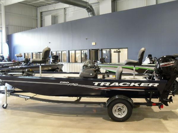 2021 Tracker Boats boat for sale, model of the boat is Pro 170 & Image # 28 of 30