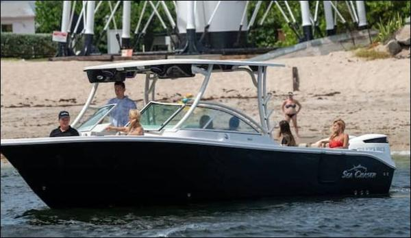 2021 Sea Chaser boat for sale, model of the boat is 30 HFC DC & Image # 3 of 4