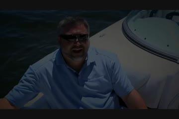 Hurricane SunDeck 2200 OB video