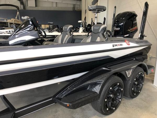 2021 Skeeter boat for sale, model of the boat is FXR20 Apex & Image # 3 of 33