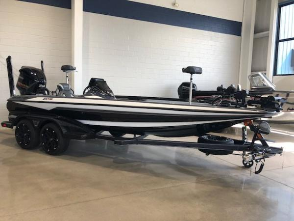 2021 Skeeter boat for sale, model of the boat is FXR20 Apex & Image # 4 of 33