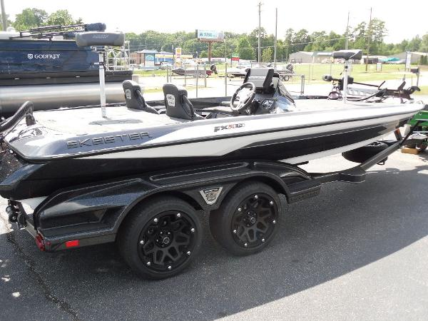 2021 Skeeter boat for sale, model of the boat is FXR20 Apex & Image # 13 of 33