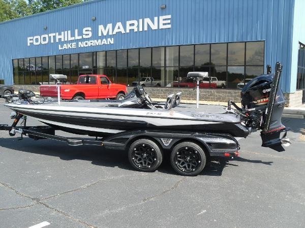 2021 Skeeter boat for sale, model of the boat is FXR20 Apex & Image # 1 of 33