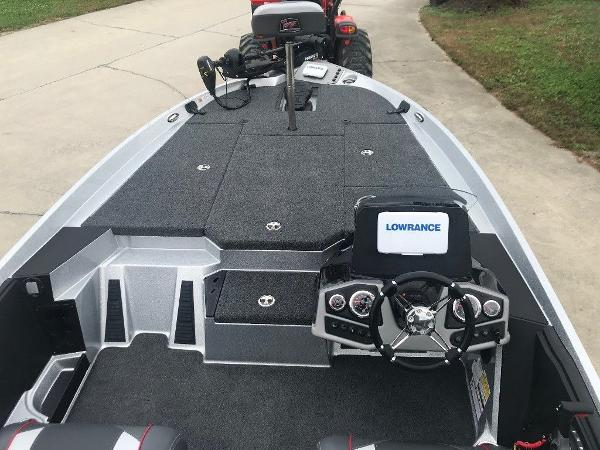 2021 Ranger Boats boat for sale, model of the boat is Z185 & Image # 10 of 12