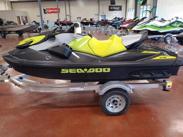 2021 Sea Doo PWC boat for sale, model of the boat is GTR™ 230 IBR & Sound System & Image # 2 of 3