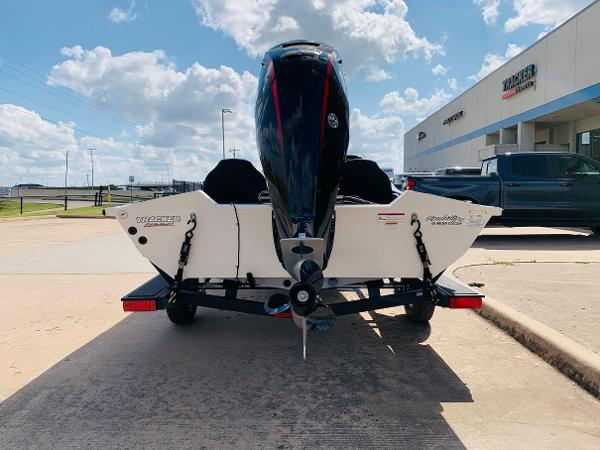 2021 Tracker Boats boat for sale, model of the boat is Pro Team 190 TX Tournament Edition & Image # 6 of 27