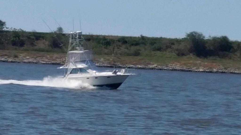 M 6149 DD Knot 10 Yacht Sales