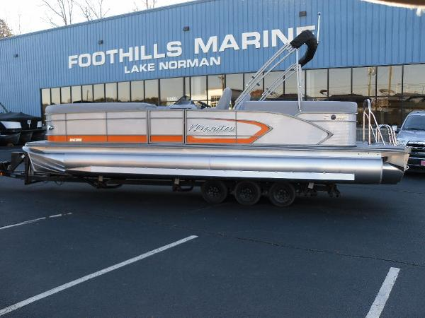 2021 Manitou boat for sale, model of the boat is RF 25 ENCORE SHP 373 & Image # 1 of 49