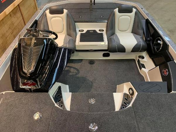 2021 Ranger Boats boat for sale, model of the boat is Z520C Ranger Cup Equipped & Image # 7 of 11
